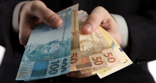 ganhar dinheiro sendo stripper virtual
